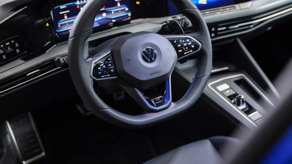 2020 Volkswagen golf r interior