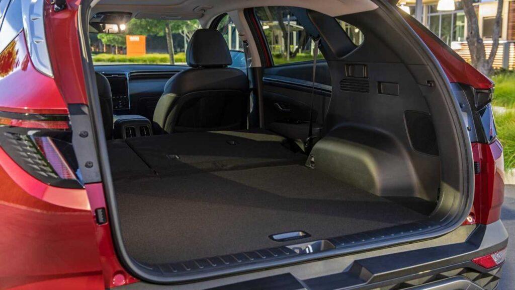 2022 Hyundai Tucson back